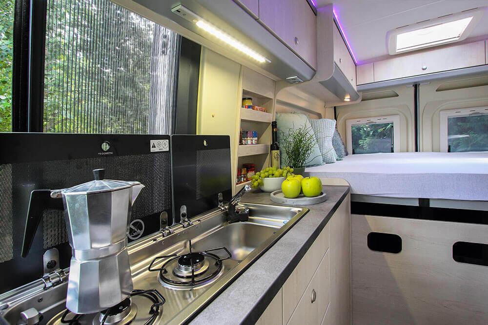 Durchgängige Küchenzeile Clever Move 600